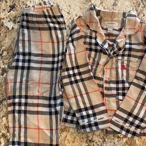 Burberry toddler boys collared pajamas pjs